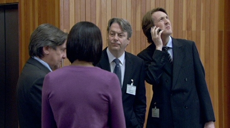 Watch The Thick Of It Season 3 Episode 4 Online