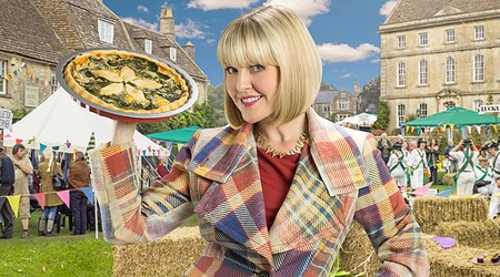 Agatha Raisin And The...