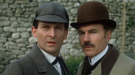 Watch The Return of Sherlock Holmes Season 1 Episode 7 Online